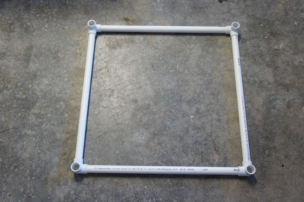 "24"" end square with 3 way corner fittings"